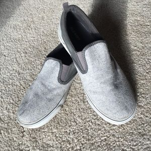 Old Navy Shoes - Boys/Youth Slip on Shoes